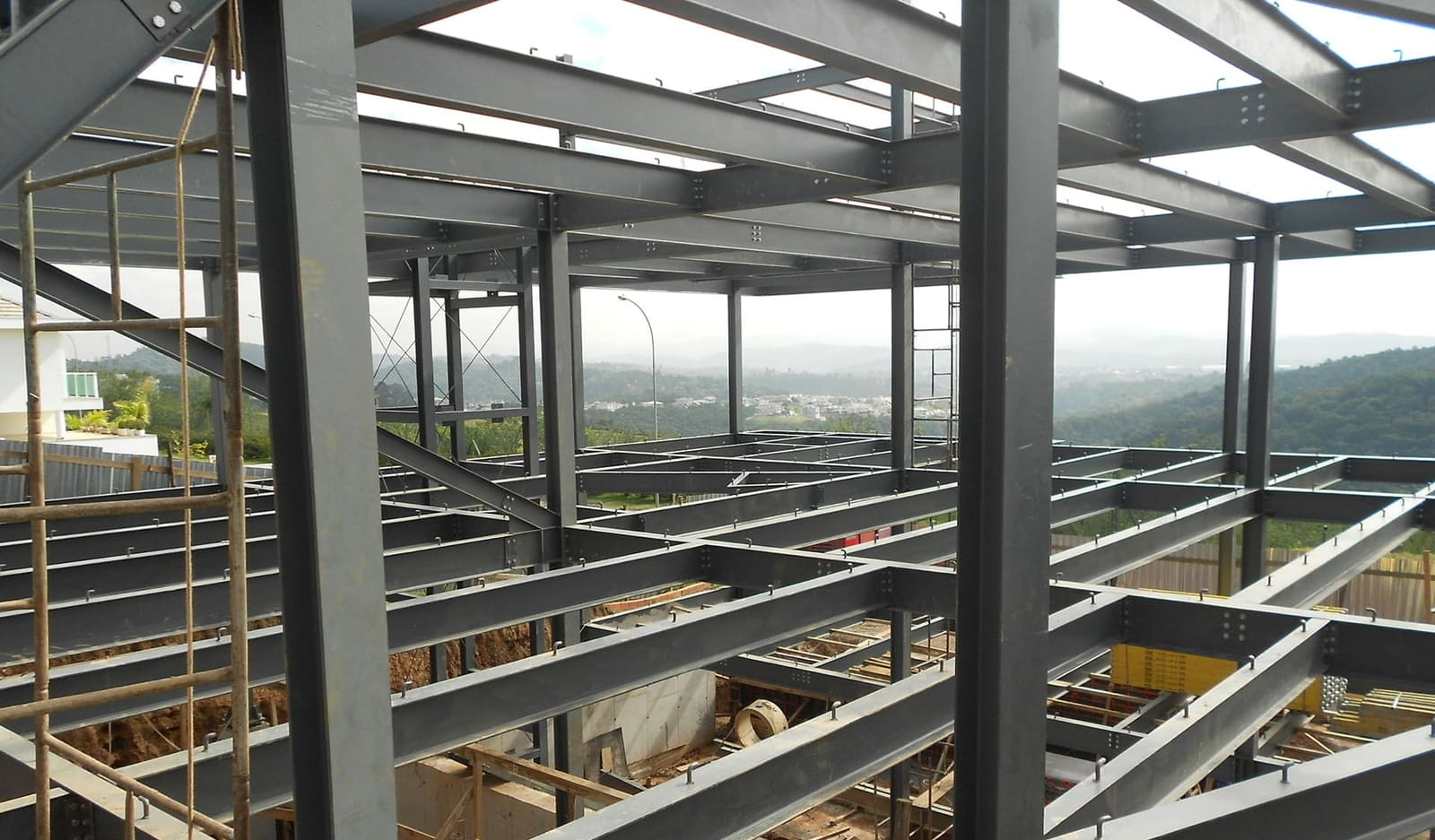 Why Steel is Advantageous in Construction
